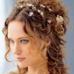 Элегантные прически на свадьбу для свидетельницы